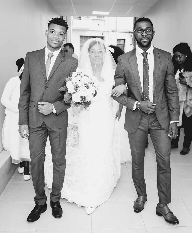 Pose mariés Mairie de Ngoulemakong